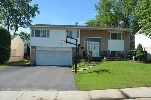 9071 Forest, Hickory Hills, IL 60457