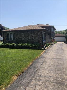 1725 E Kensington, Mount Prospect, IL 60056