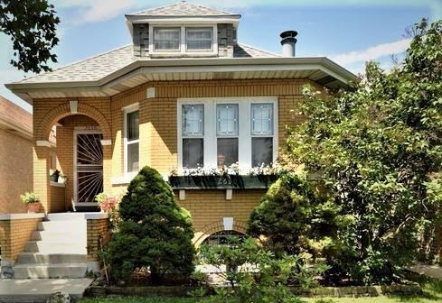 2630 N Oak Park, Chicago, IL 60707 Montclare