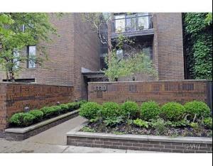 1330 N La Salle Unit 305, Chicago, IL 60610 Old Town