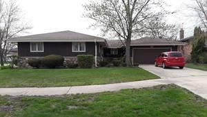 417 E Barclay, Elmhurst, IL 60126