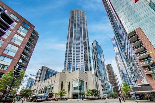 512 N Mcclurg Unit 1310, Chicago, IL 60611 Streeterville