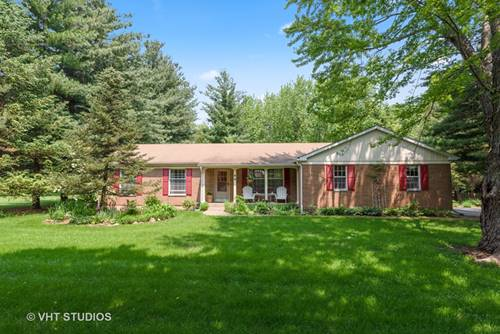 90 Parkview, Crystal Lake, IL 60012