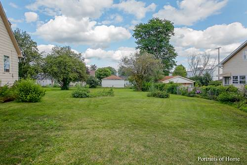 4113 N Washington, Westmont, IL 60559