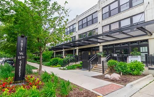 1071 W 15th Unit 203, Chicago, IL 60608 University Village / Little Italy