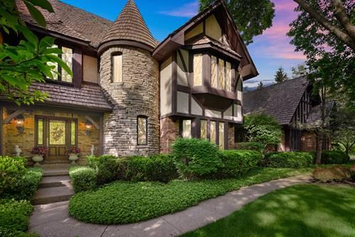 831 Mount Vernon, Lake Forest, IL 60045