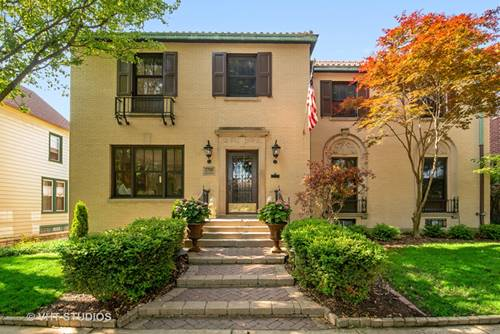 1705 W Rosehill, Chicago, IL 60660 Edgewater