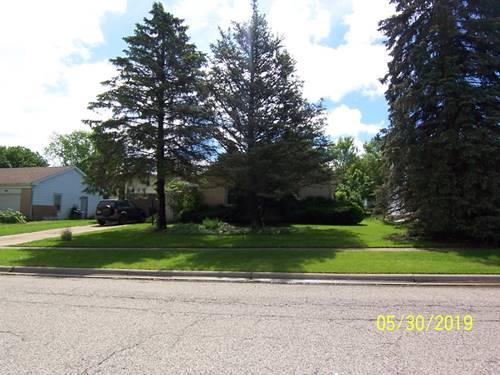 1018 N Oakwood, Mchenry, IL 60050