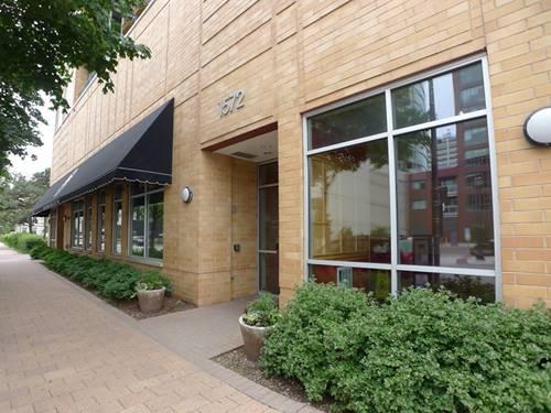 1572 Maple Unit 404, Evanston, IL 60201