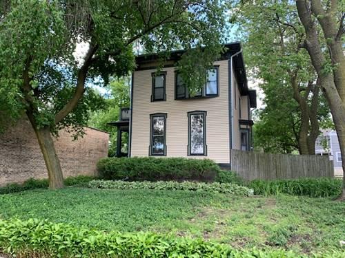 453 South, Oak Park, IL 60302
