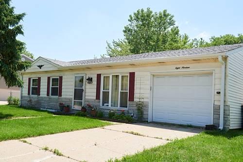 819 E Schaumburg, Streamwood, IL 60107