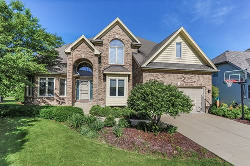 710 Chasewood, South Elgin, IL 60177