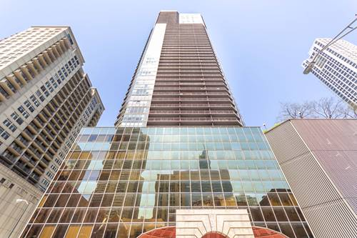 10 E Ontario Unit 1707, Chicago, IL 60611 River North