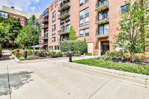 200 N Arlington Heights Unit 605, Arlington Heights, IL 60004