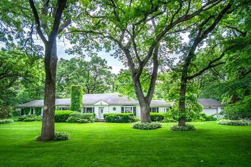 251 Woodland, North Barrington, IL 60010