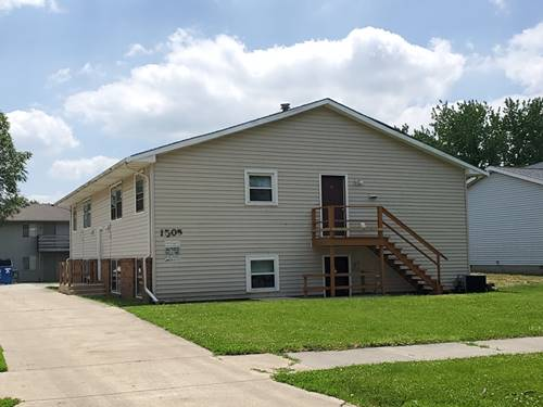 1505 Ensign, Normal, IL 61761