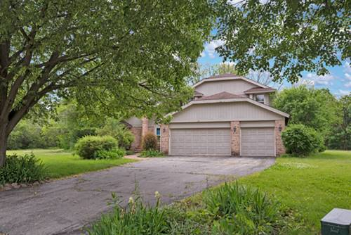 1707 Stoneleigh, Lake Forest, IL 60045
