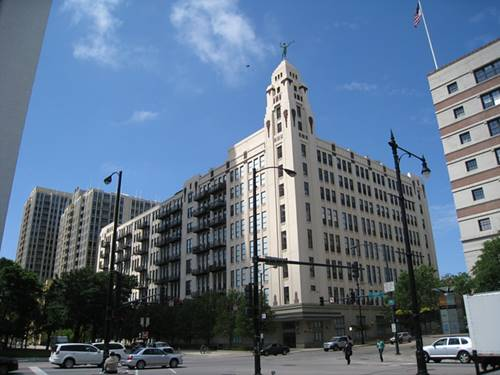 758 N Larrabee Unit 526, Chicago, IL 60654 River North