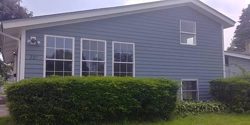 227 Sioux, Carpentersville, IL 60110