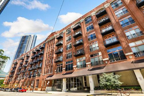 360 W Illinois Unit 521, Chicago, IL 60654 River North