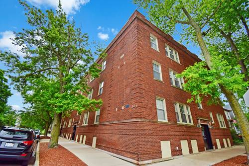 1903 W Newport Unit 3, Chicago, IL 60657 Roscoe Village