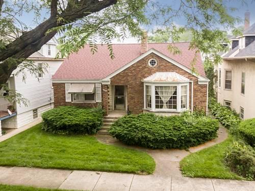 5526 W Leland, Chicago, IL 60630 Jefferson Park
