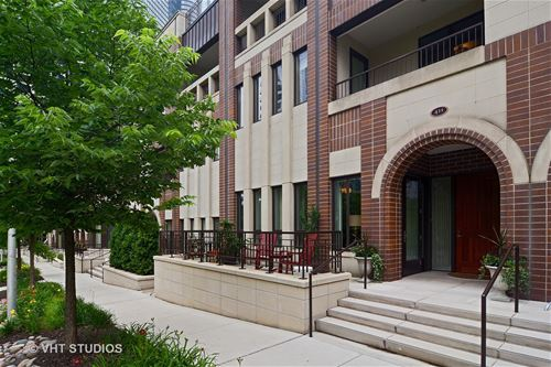411 E Benton Unit 411, Chicago, IL 60601 New Eastside