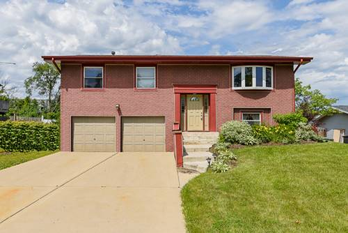 2S144 Beaumont, Lombard, IL 60148