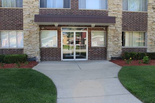 10210 Washington Unit 200, Oak Lawn, IL 60453