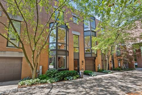 1445 N Cleveland Unit B, Chicago, IL 60610 Old Town