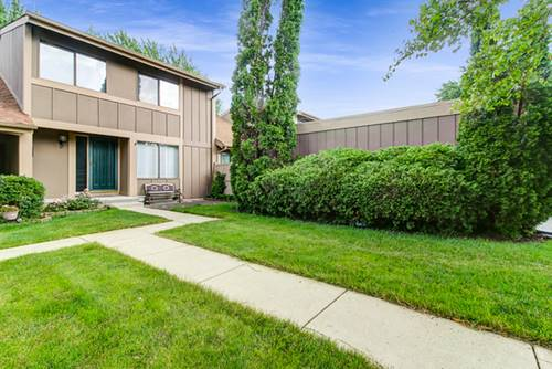 651 Overland, Roselle, IL 60172