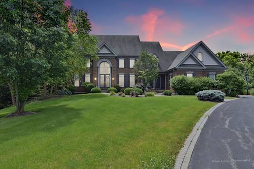 38W785 Lookout, St. Charles, IL 60175
