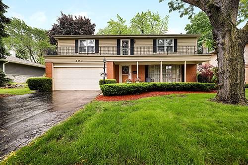 303 E Lynnwood, Arlington Heights, IL 60004