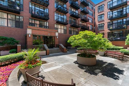 333 W Hubbard Unit 623, Chicago, IL 60654 River North