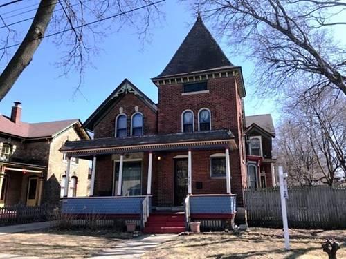465 Douglas, Elgin, IL 60120