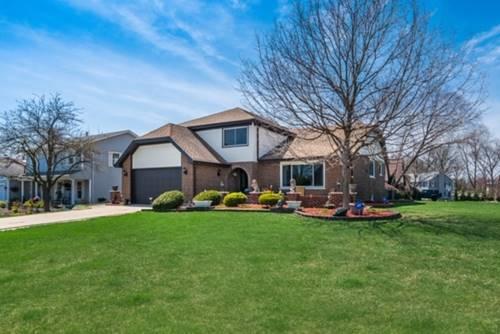 8516 Creekside, Darien, IL 60561