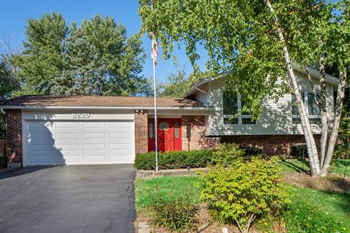 8220 Deerwood, Woodridge, IL 60517