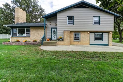 921 E 1st, Gibson City, IL 60936