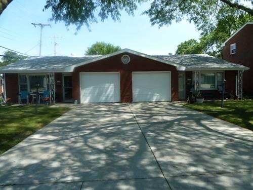 304 Robinhood, Bloomington, IL 61701