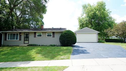 49 Golfview, Carpentersville, IL 60110