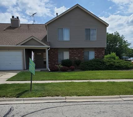 7070 Newport Unit 101, Woodridge, IL 60517