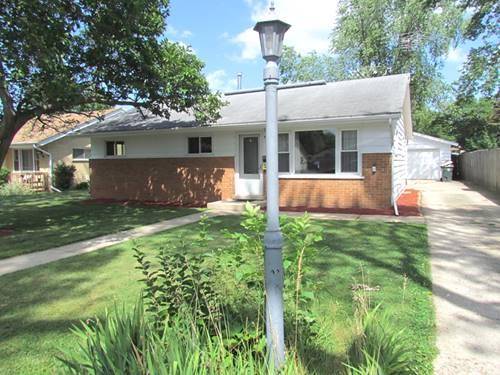 935 Gates, West Chicago, IL 60185