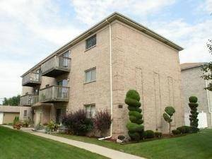 2530 N 72nd Unit 2W, Elmwood Park, IL 60707