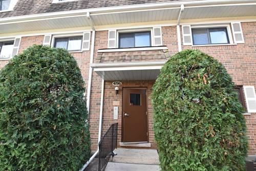 4196 Cove Unit B, Glenview, IL 60025