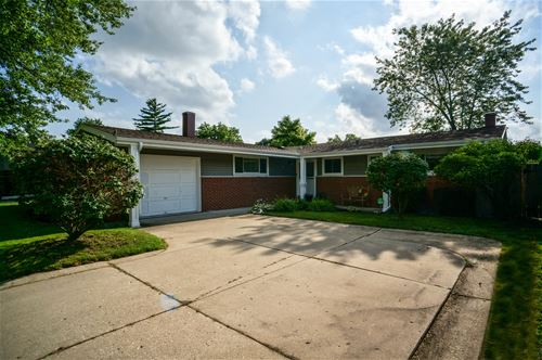 232 Pinecroft, Roselle, IL 60172
