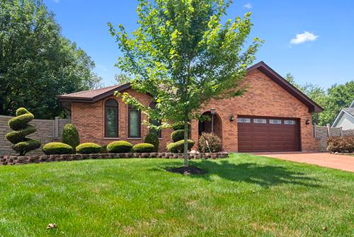7648 Cambridge, Darien, IL 60561