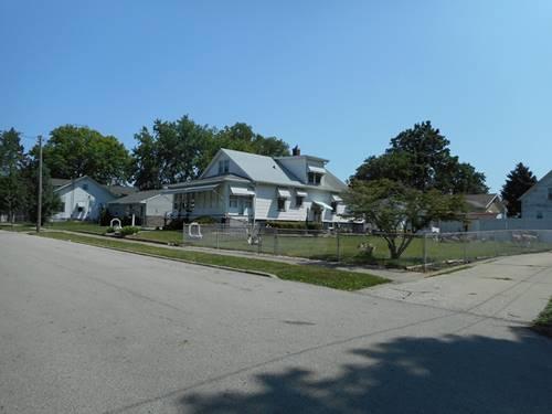 1606 S Madison, Bloomington, IL 61701