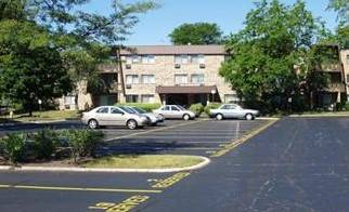 1205 E Hintz Unit 101, Arlington Heights, IL 60004