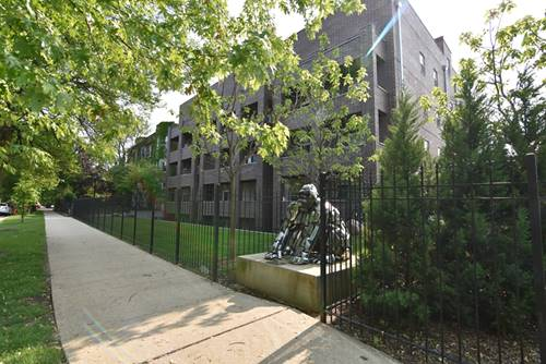 4520 N Beacon Unit 201, Chicago, IL 60640 Uptown