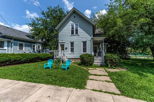 120 King William, East Dundee, IL 60118